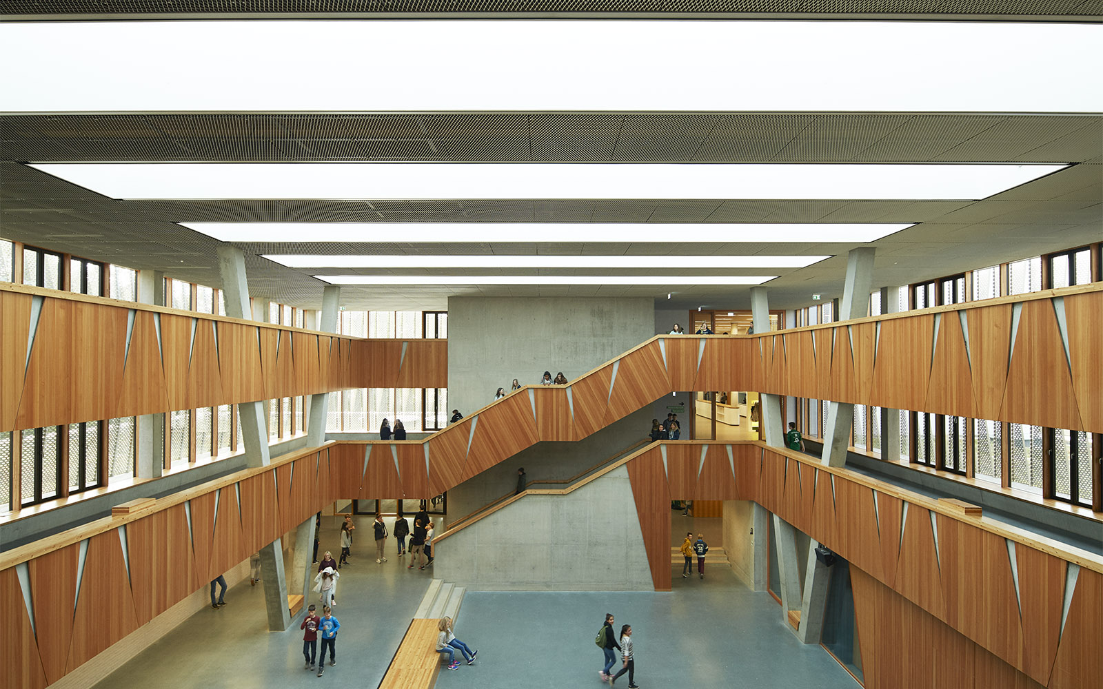 Architectural acoustics in school building