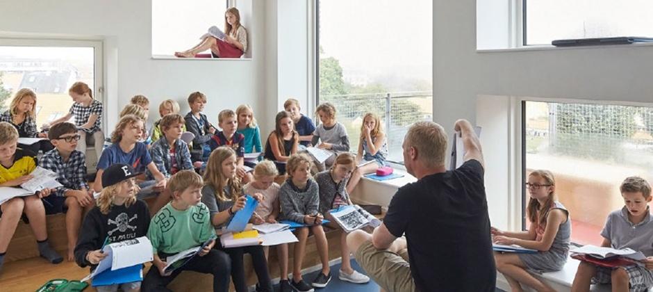 ideal classroom design in a modern school