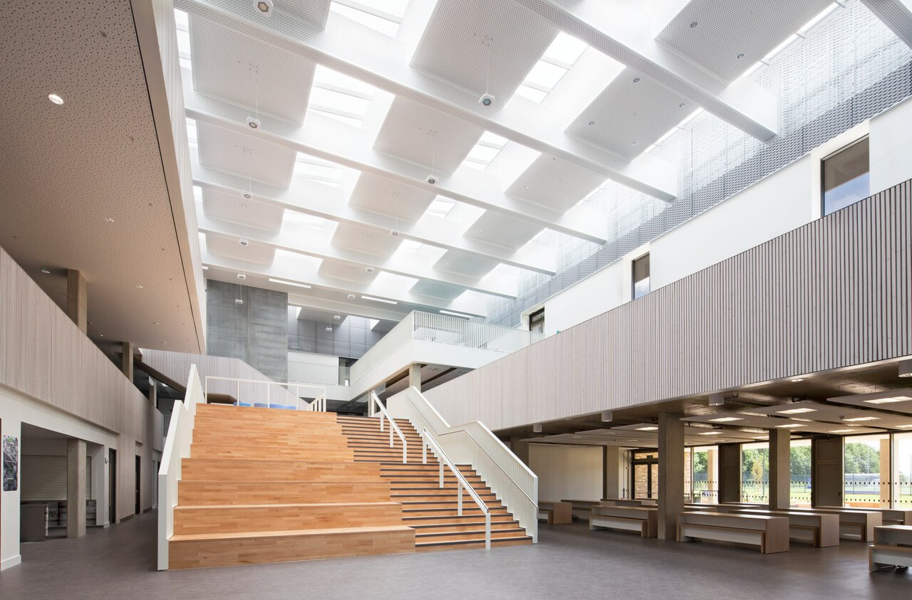 School atrium lit up by natural light thanks to VELUX skylights